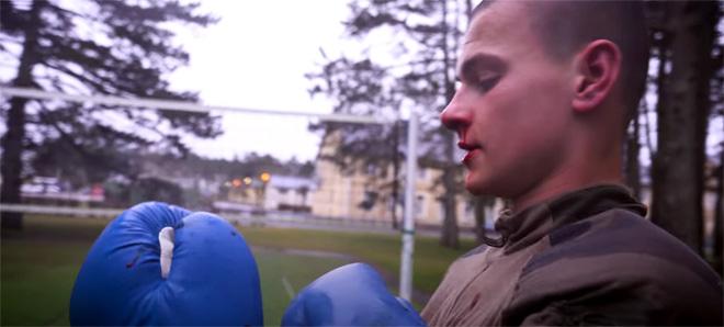 Légion étrangère 13e DBLE - combat, nez qui saigne