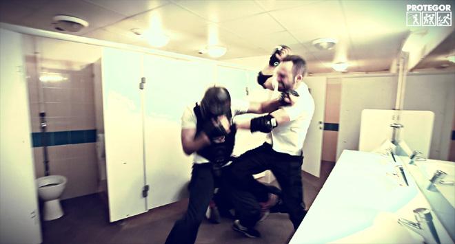 "Benjamin Giraudon démarre son scénario training ""urban combatives"" (2016, stage Lee Morrison)"